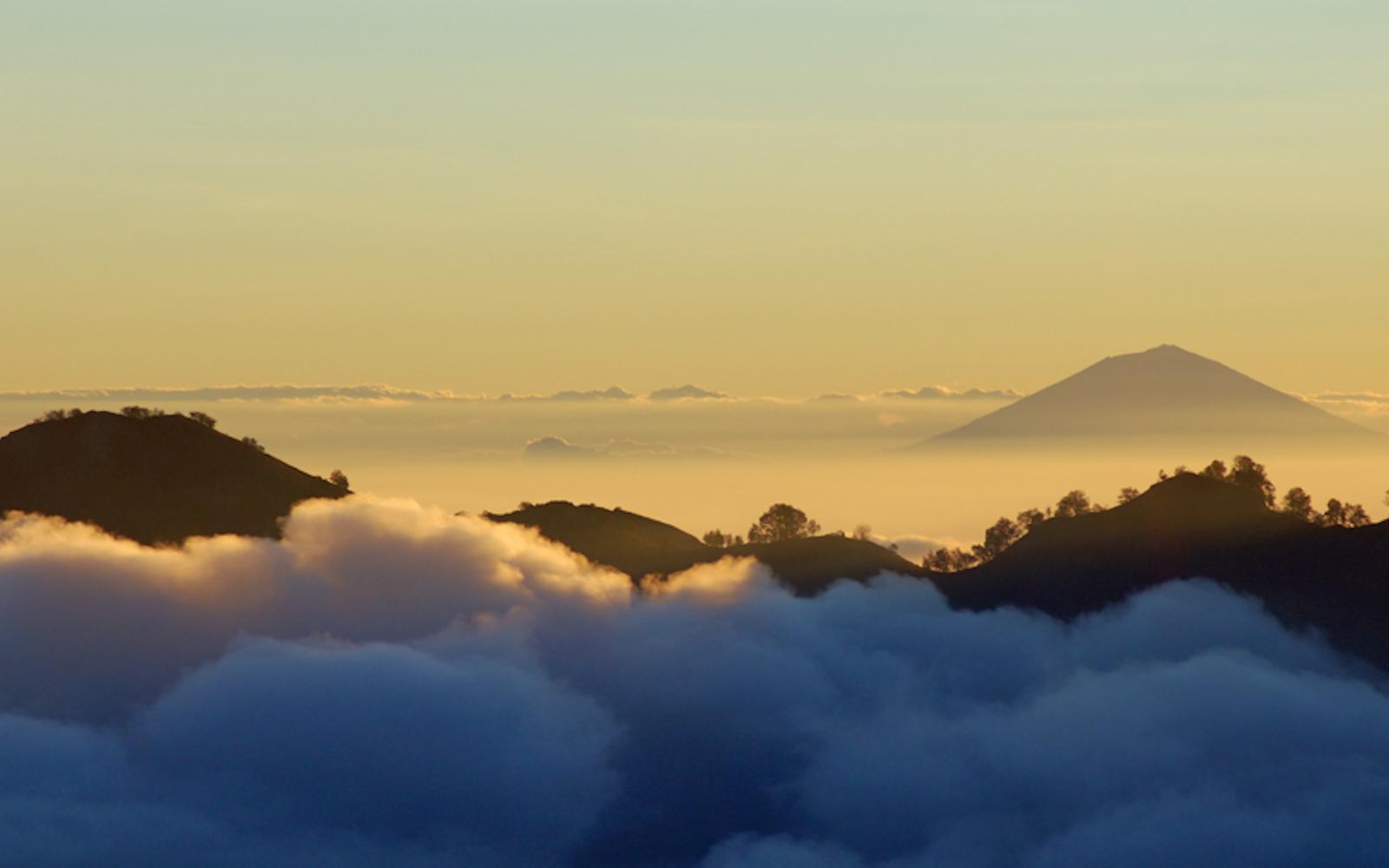Bali skyline