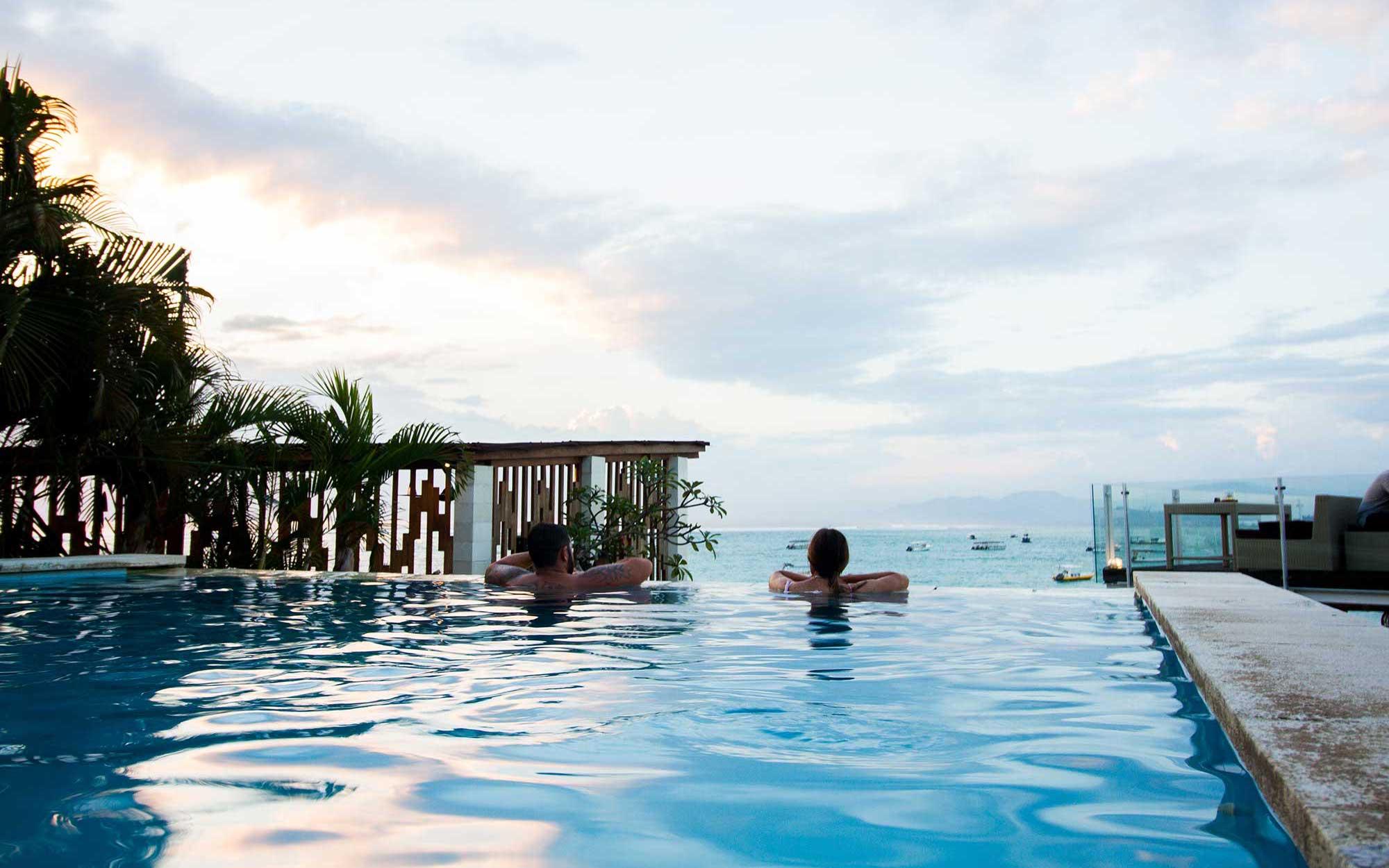 Nusa Lembongan pool area