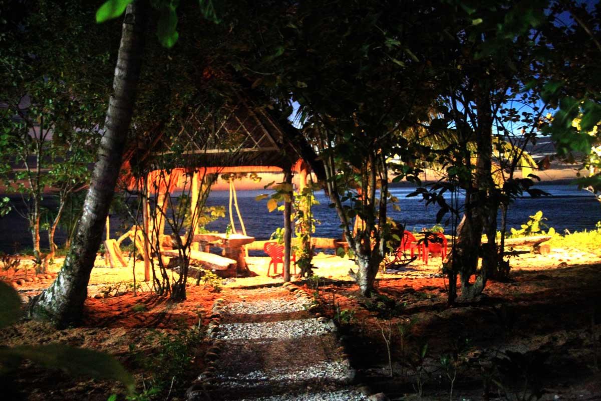 Mojosurf Mentawai Surf Camp