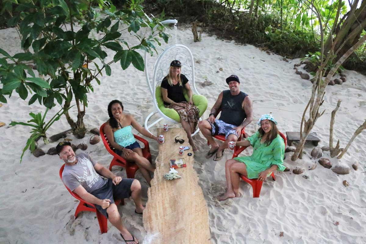 Mojsourf Mentawais Surf Camp