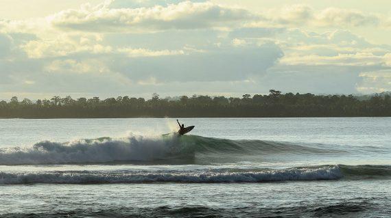 Mentawais Surf Tours