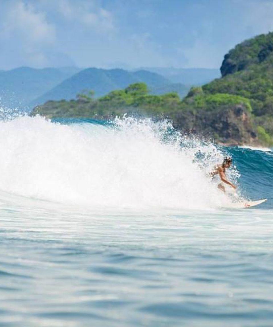 Mojosurf Sumbawa Surf Camp