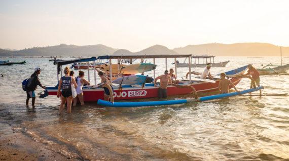 Mojosurf Boat